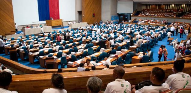 Una delegación indígena de Palawan de misión en Manila